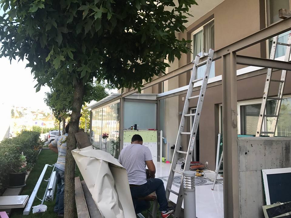 Soyak Park Aparts Yeşil Sürgü Cam Ve Opak Cam Çatı kapatma