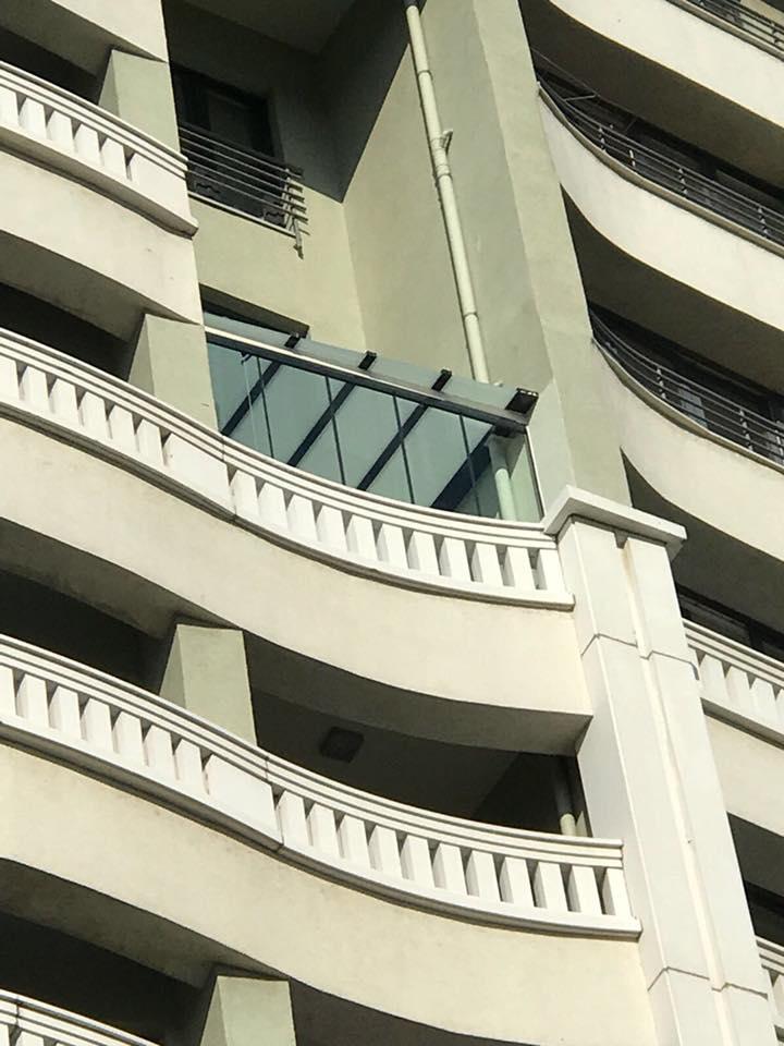 İstanbul Sarayları Cam Balkon ve Opak Çatı kapatma