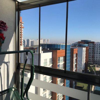 Tema İstanbul Bronz Alüminyum Şeffaf cam Balkon ve Opak camlı Kış Bahçesi uygulaması